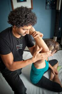 Massage-elbow